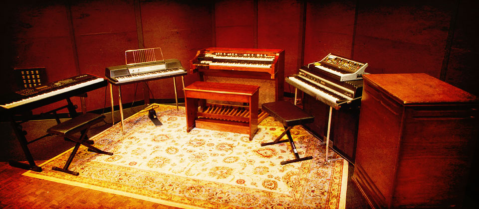 A Wurly, a Hammond, a Leslie, a Rhodes, and an analog Moog. Okay--ONE didgital piano (which is killer BTW).